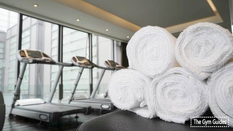 10 Best Gym Towels: Guide For a Buyer in 2021
